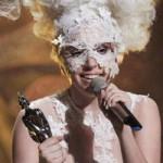Lady Gaga acapara premios a la mejor y la peor vestida