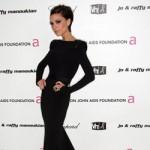 Victoria Beckham sigue a Jennifer Aniston en el culto a la yogalosofía