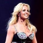 Britney Spears celebra su reinado en Twitter hablando de sus gustos