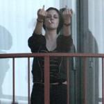 Kristen Stewart, toda simpatía y delicadeza con los fotógrafos