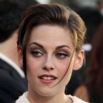 A Kristen Stewart le pasan factura los tacones