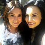 Demi Lovato, en el trabajo con amigas, y un tatuaje nuevo